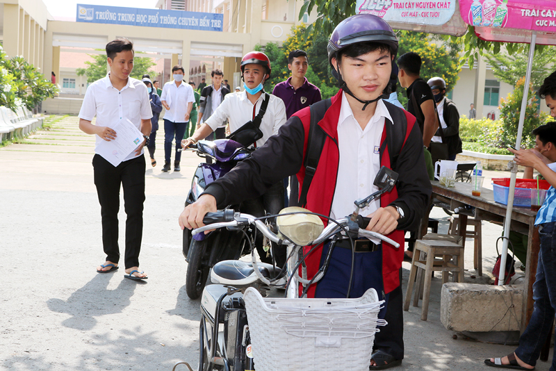 Thí sinh tham gia  kỳ thi THPT Quốc gia 2018. Ảnh: Phan Hân