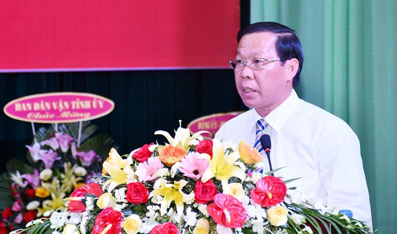Phó bí thư Thường trực Tỉnh ủy Phan Văn Mãi phát biểu tại lễ kỷ niệm. Ảnh: H. Hiệp