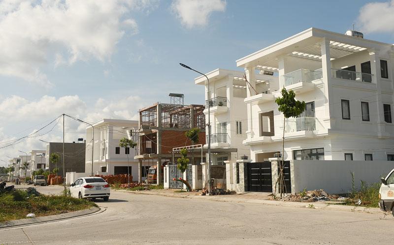 Xây dựng Khu dân cư Hưng Phú, phường Phú Khương, TP. Bến Tre.