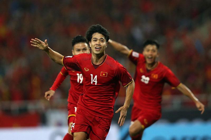 Đội tuyển Việt Nam trở lại thứ hạng lịch sử trong 20 năm qua