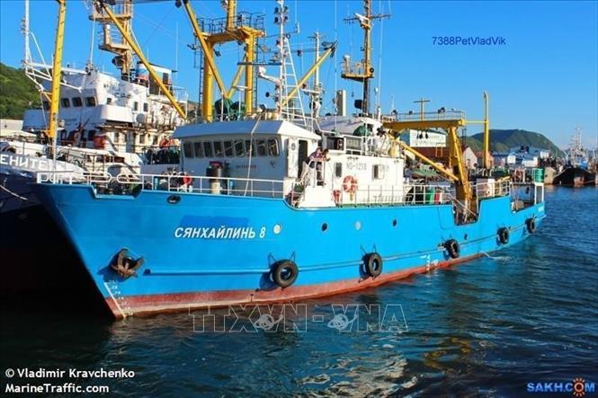 Tàu đánh cá Xiang Hai Lin 8 của Nga bị lực lượng biên phòng Triều Tiên bắt giữ. Ảnh: Yonhap/ TTXVN