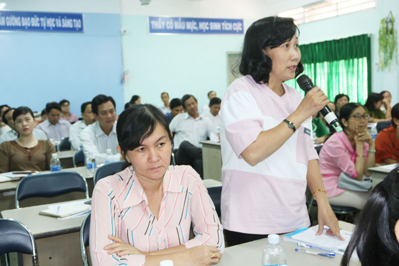 Giáo viên tiếng Anh chia sẻ thuận lợi, khó khăn khi triển khai chương trình tiếng Anh với người nước ngoài