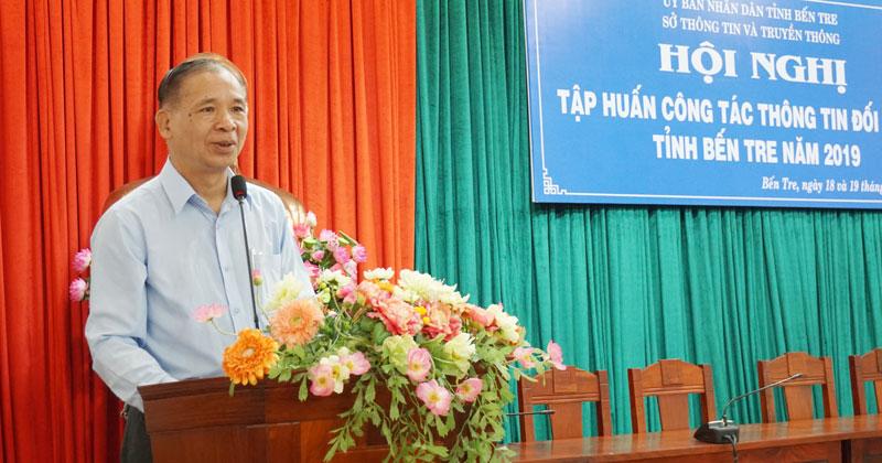 Nguyễn Trường Giang báo cáo nội dung tại hội nghị tập huấn