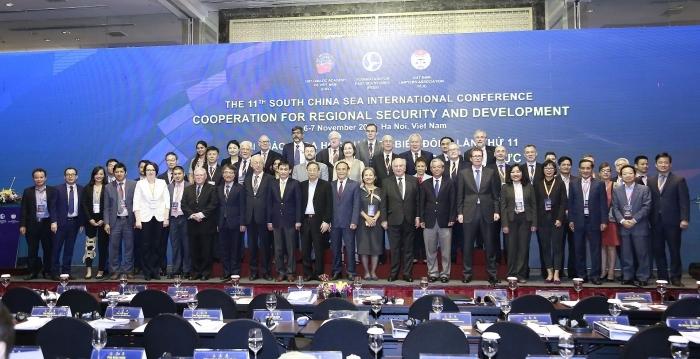Các đại biểu tham dự Hội thảo khoa học quốc tế về Biển Đông lần thứ 11.