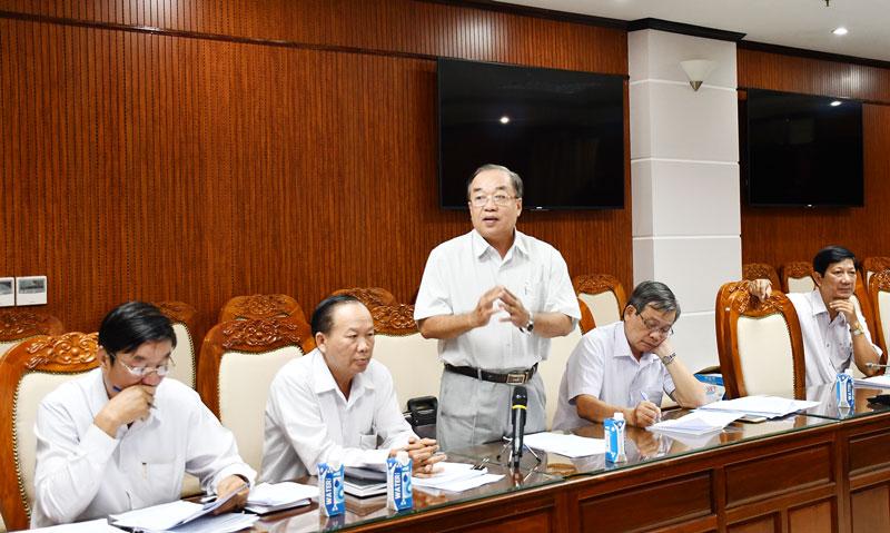 Giám đốc Sở Giao thông vận tải Lê Văn Hoàng phát biểu. Ảnh: Hữu Hiệp
