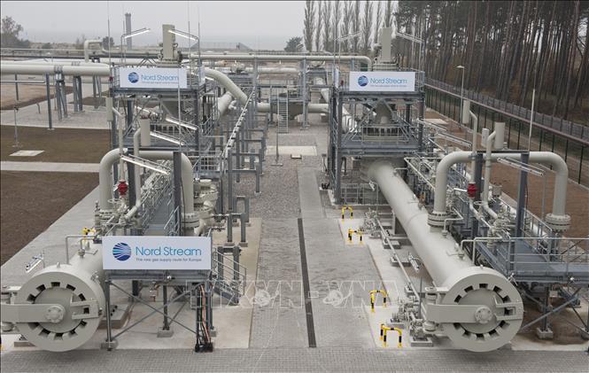 Hệ thống đường ống dẫn khí của dự án Dòng chảy phương Bắc 2 tại Lubmin, Đức. Ảnh tư liệu: AFP/TTXVN
