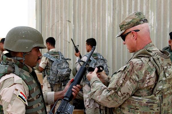 Nghị quyết chỉ rõ, Chính phủ Iraq sẽ thu hồi đề nghị hỗ trợ đối với Liên quân quốc tế do Mỹ dẫn đầu trong cuộc chiến chống IS. Ảnh: Military