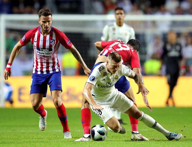 Real và Atletico chơi đầy quyết tâm.