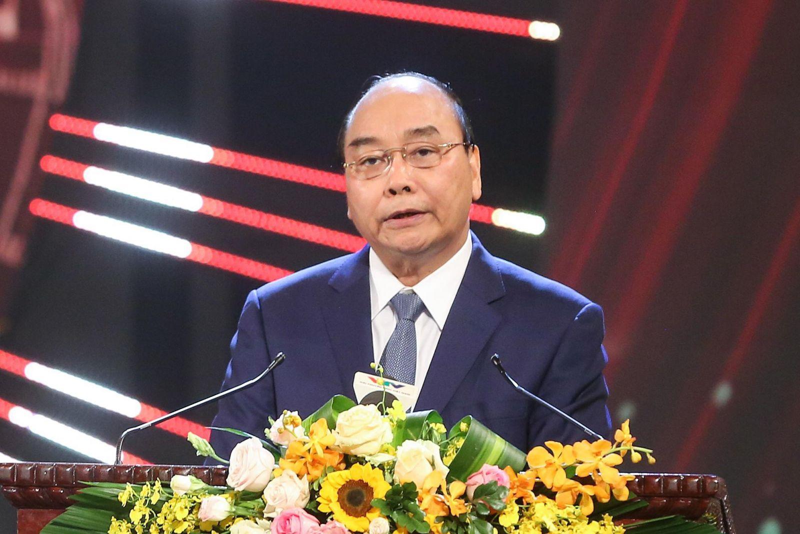 Thủ tướng Nguyễn Xuân Phúc phát biểu tại lễ trao giải. Ảnh: VGP