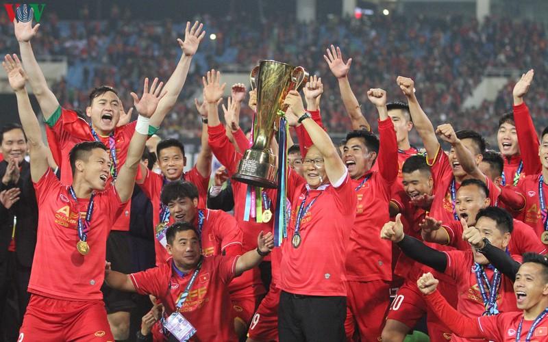 Chiến dịch vòng loại World Cup 2022 khu vực châu Á bị thay đổi, trùng vào thời điểm thầy Park cùng ĐT Việt Nam tham dự AFF Cup 2020 với mục tiêu bảo vệ ngôi vương.