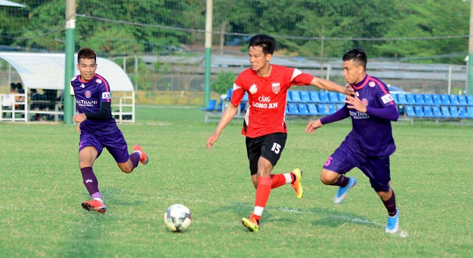 Long An chia điểm 1-1 với Sài Gòn FC.