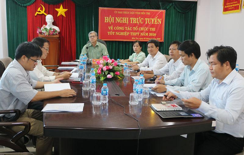 Phó chủ tịch Thường trực UBND tỉnh Nguyễn Văn Đức chủ trì tại điểm cầu tỉnh.