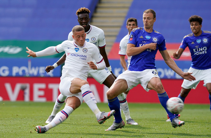 Barkley ghi bàn duy nhất của trận đấu ở phút 63