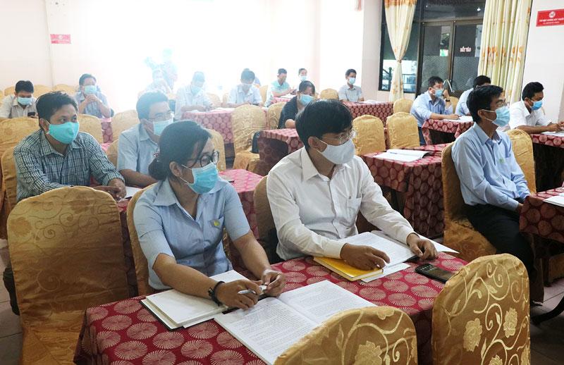 Học viên tham dự khóa bồi dưỡng về quản lý hạ tầng kỹ thuật và môi trường đô thị.
