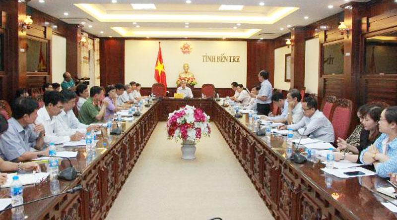 Quang cảnh cuộc họp tại điểm cầu tỉnh.