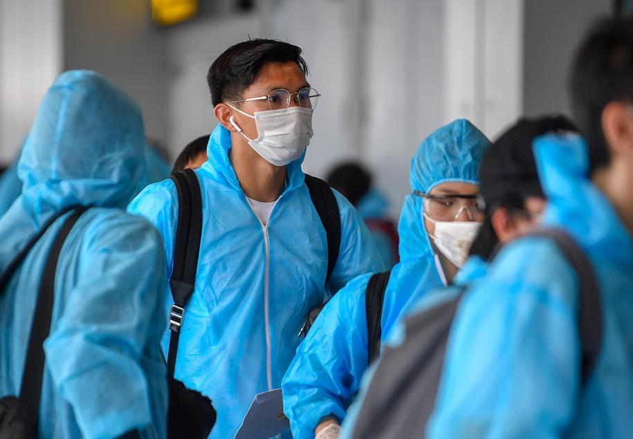 Văn Hậu trở về Việt Nam sau thời gian gần 1 năm sang châu Âu chơi bóng.