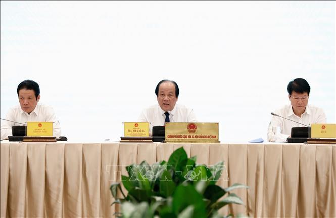 Bộ trưởng, Chủ nhiệm Văn phòng Chính phủ, Người Phát ngôn Chính phủ Mai Tiến Dũng chủ trì Họp báo. Ảnh: Dương Giang/TTXVN