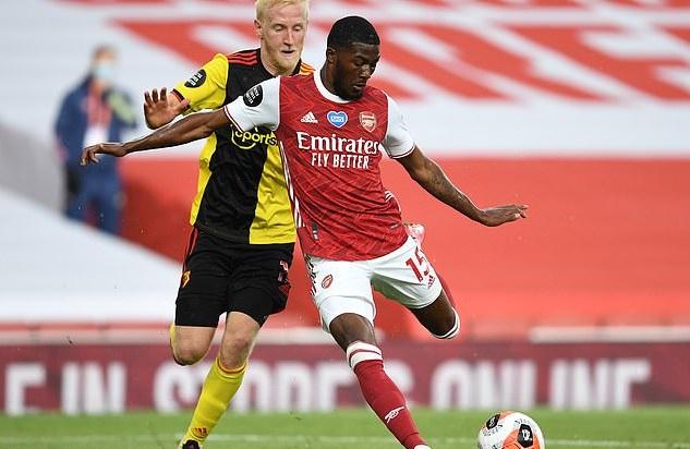 Arsenal sẽ bán rẻ Ainsley Maitland-Niles