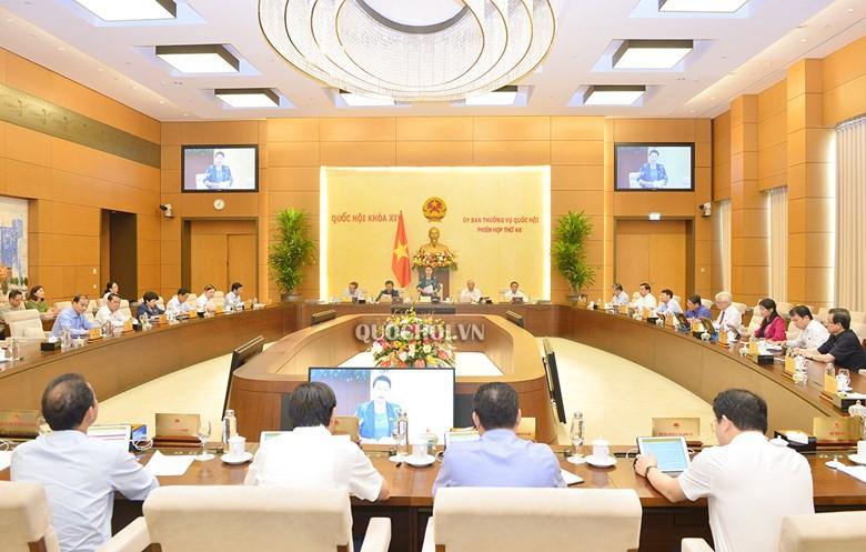 Phiên họp thứ 46 của Ủy ban Thường vụ Quốc hội. Ảnh: Quochoi.vn