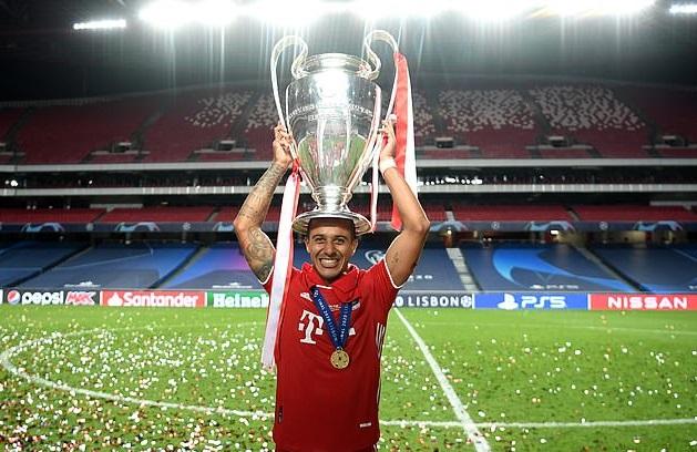 Thiago đã giành cú ăn ba cùng Bayern Munich