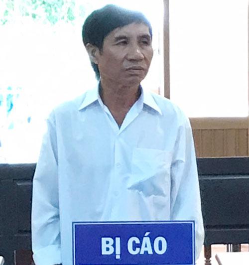 Bị cáo Đỗ Văn Mầu tại phiên tòa.