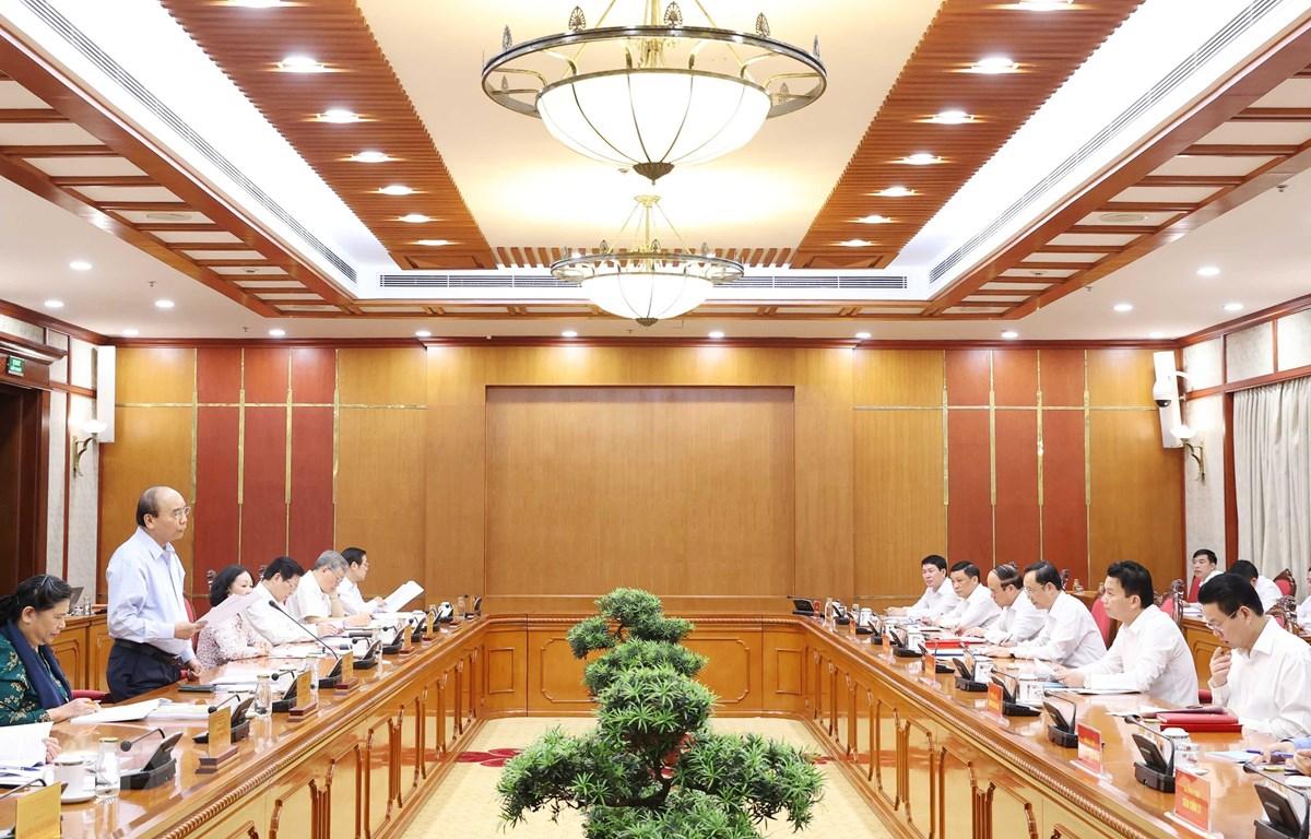 Đồng chí Nguyễn Xuân Phúc, Ủy viên Bộ Chính trị, Thủ tướng Chính phủ phát biểu tại cuộc làm việc với Ban Thường vụ Tỉnh ủy Hà Giang. Ảnh: Thống Nhất - TTXVN