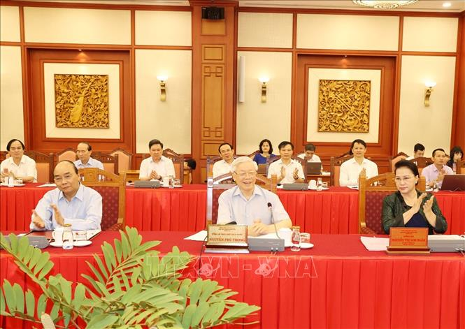 Tổng Bí thư, Chủ tịch nước Nguyễn Phú Trọng phát biểu tại buổi làm việc với Ban Thường vụ Thành ủy Hà Nội.