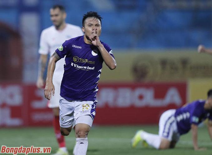 Quang Hải tỏa sáng giúp Hà Nội FC thắng 2-1 trước Viettel