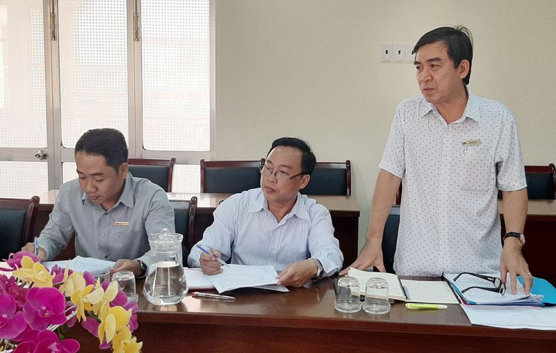 Trưởng Ban Dân vận Tỉnh ủy Bùi Văn Bia phát biểu.