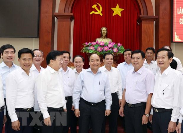Thủ tướng Nguyễn Xuân Phúc và các đại biểu. Ảnh: Thống Nhất/TTXVN