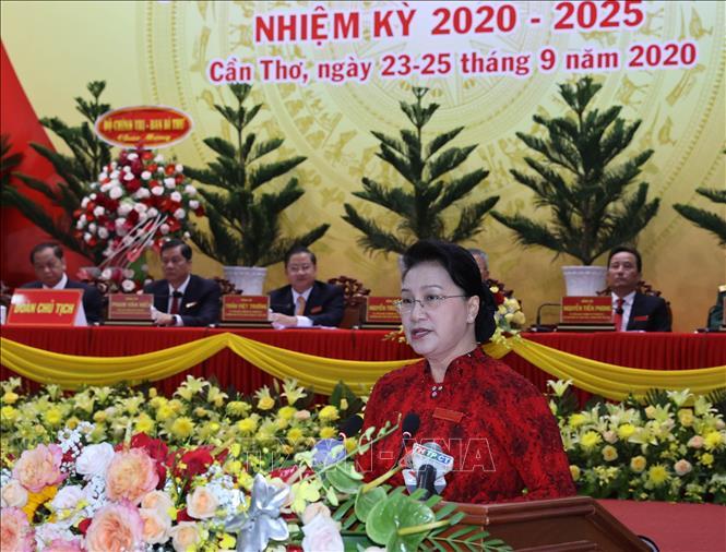 Chủ tịch Quốc hội Nguyễn Thị Kim Ngân phát biểu tại Đại hội. Ảnh: Trọng Đức/TTXVN