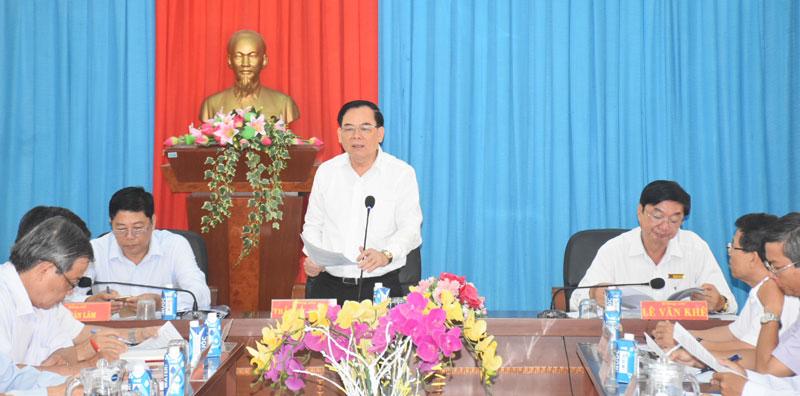 Phó bí thư Thường trực Tỉnh ủy Trần Ngọc Tam chỉ đạo tại buổi làm việc.