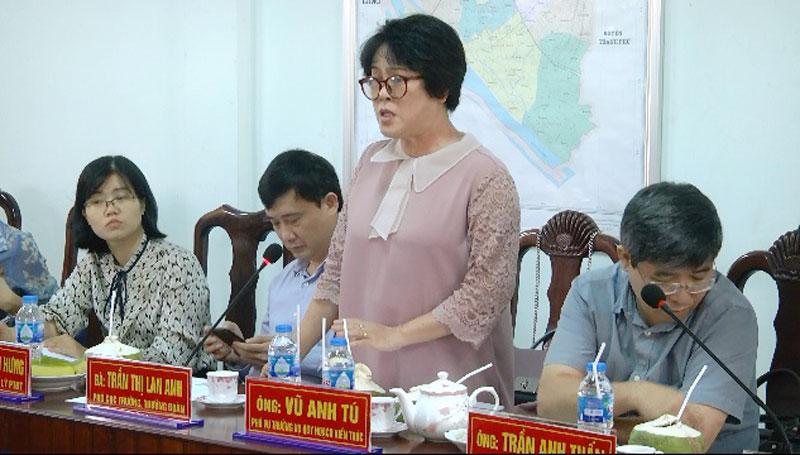 Phó cục trưởng Cục Phát triển đô thị Trần Thị Lan Anh có ý kiến chỉ đạo.