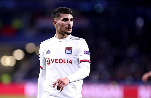Arsenal đang gặp khó để mua Houssem Aouar