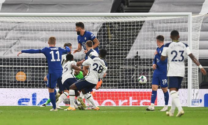 Tân binh Werner có bàn thắng đầu tiên cho Chelsea khi mở tỷ số ở phút 19