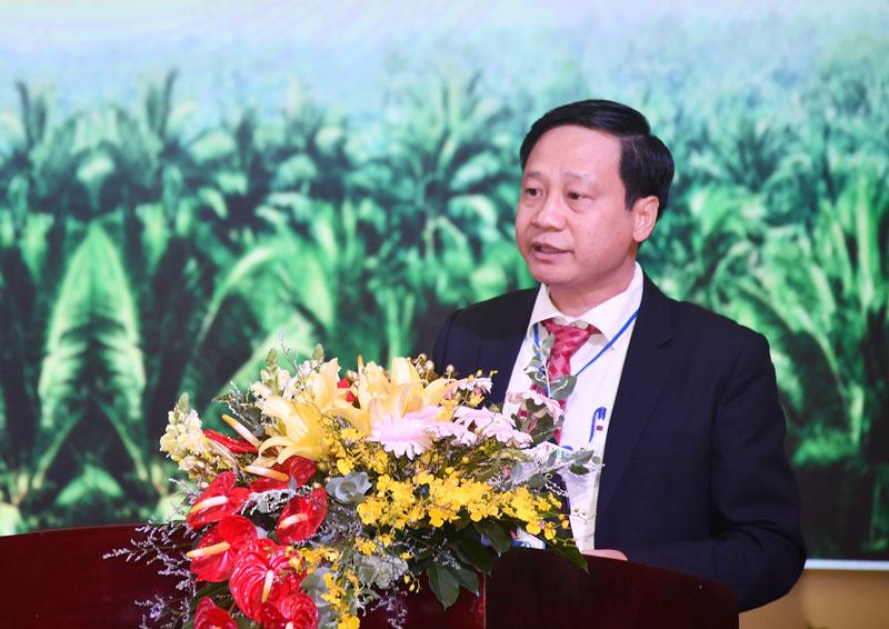 Phó trưởng Ban Thi đua - Khen  thưởng Trung ương Phạm Đức Toàn phát biểu tại đại hội.