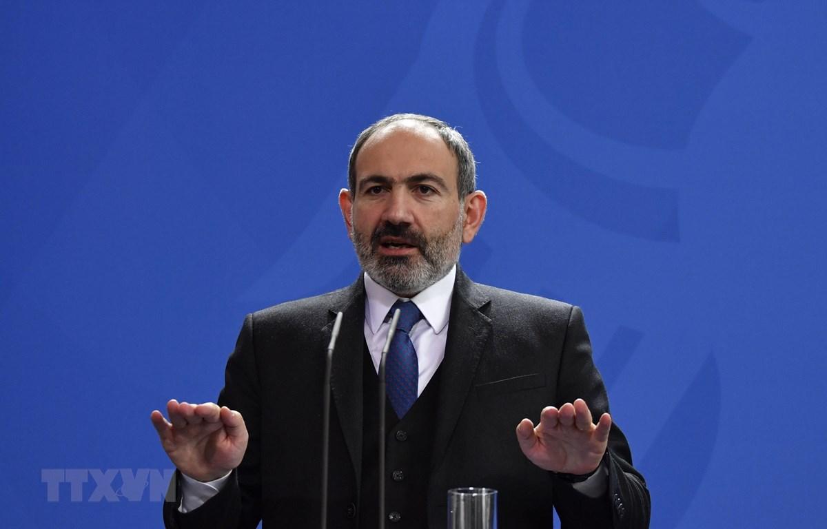 Thủ tướng Armenia Nikol Pashinyan phát biểu tại một cuộc họp báo ở Berlin, Đức. (Ảnh: AFP/TTXVN)