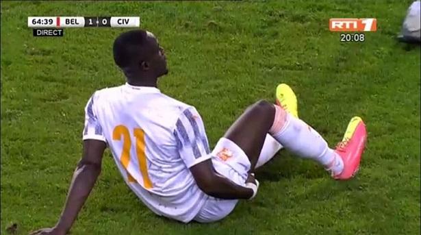 Bailly đã dính chấn thương gân kheo khi đá giao hữu cho đội tuyển Bờ Biển Ngà