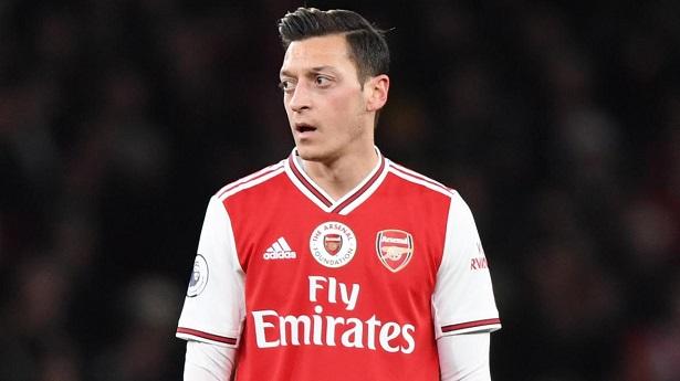 Arsenal muốn sớm chấm dứt hợp đồng với Ozil để tiết kiệm quỹ lương