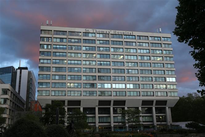Bệnh viện St Thomas' ở thủ đô London, Anh. Ảnh: AFP/TTXVN