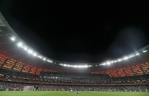 UEFA sẽ không tổ chức Euro ở sân Baku vì xung đột giữa Azerbaijan và Armenia