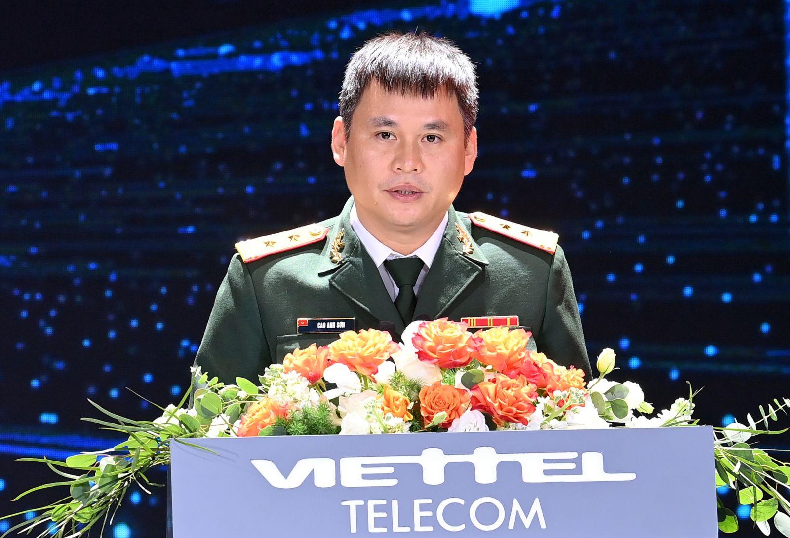 Ông Cao Anh Sơn - Tổng Giám đốc Viettel Telecom phát biểu tại lễ kỷ niệm.