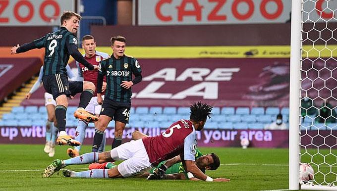 Bamford thi đấu chói sáng với cú hat-trick