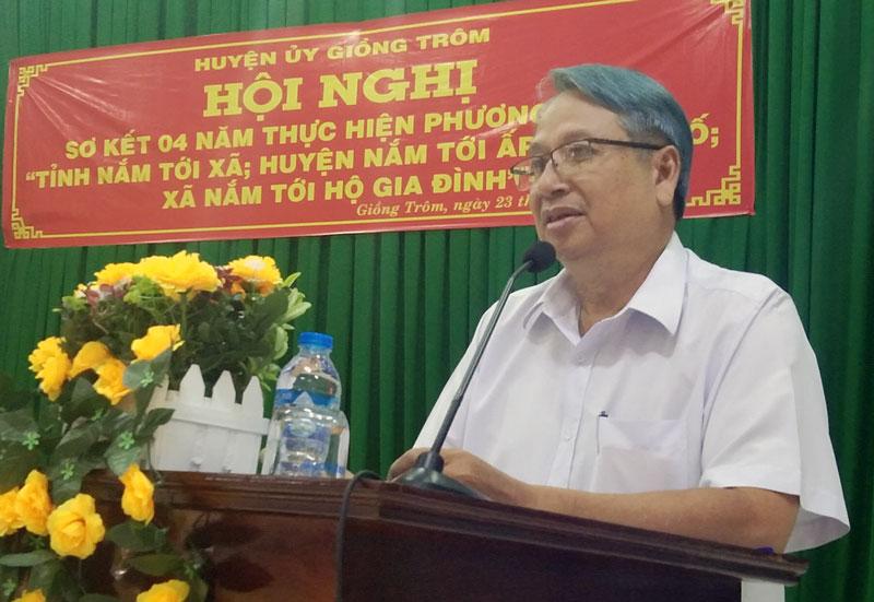 Trưởng Ban Tuyên giáo Tỉnh ủy Cao Văn Dũng phát biểu tại hội nghị.