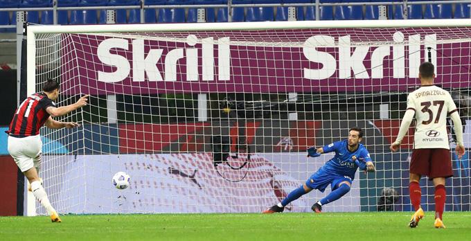 Ibrahimovic tiếp tục tỏa sáng với 1 cú đúp bàn thắng