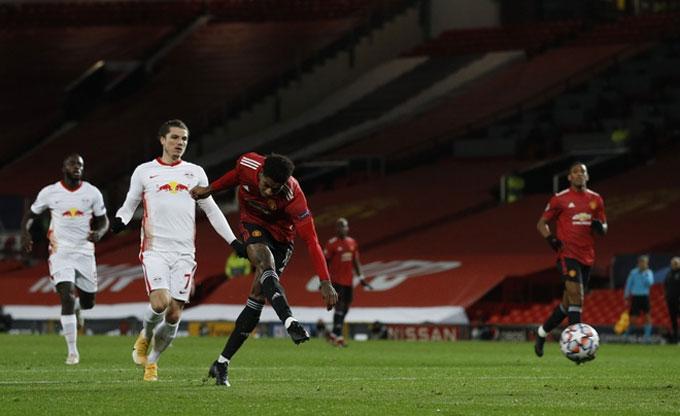 Rashford có ngày thi đấu thăng hoa dù chỉ vào sân trong nửa sau của hiệp 2