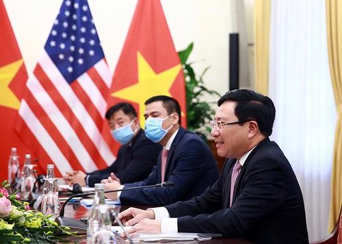 Phó Thủ tướng Phạm Bình Minh hoan nghênh hai bên triển khai có hiệu quả Kế hoạch hành động hướng tới cán cân thương mại hài hòa và bền vững - Ảnh: VGP/Hải Minh
