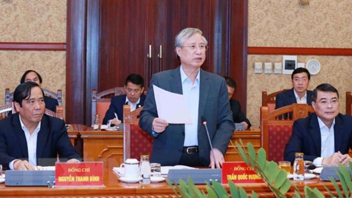 Ông Trần Quốc Vượng, Ủy viên Bộ Chính trị, Thường trực Ban Bí thư chủ trì phiên họp. (Ảnh: Phương Hoa/TTXVN)