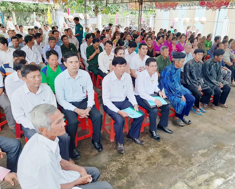 Đại biểu dự ngày hội. Ảnh: Văn Minh.