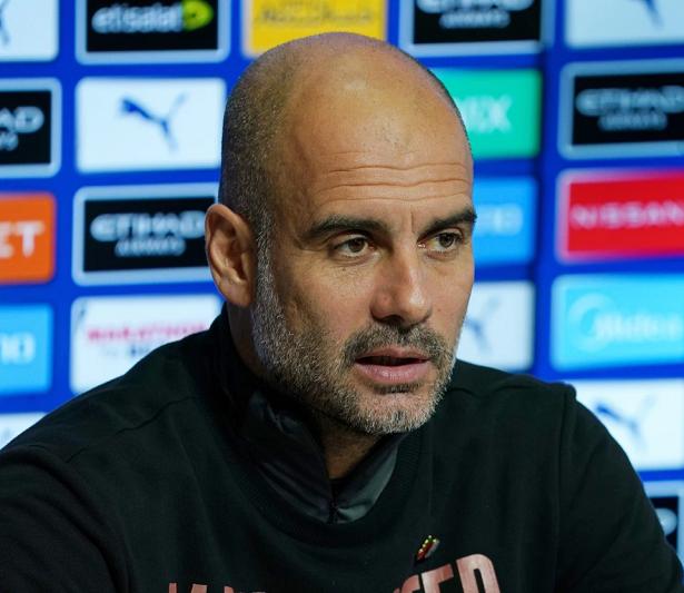 HLV Pep Guardiola từ chối trở lại Barca vì muốn gia hạn với Man City
